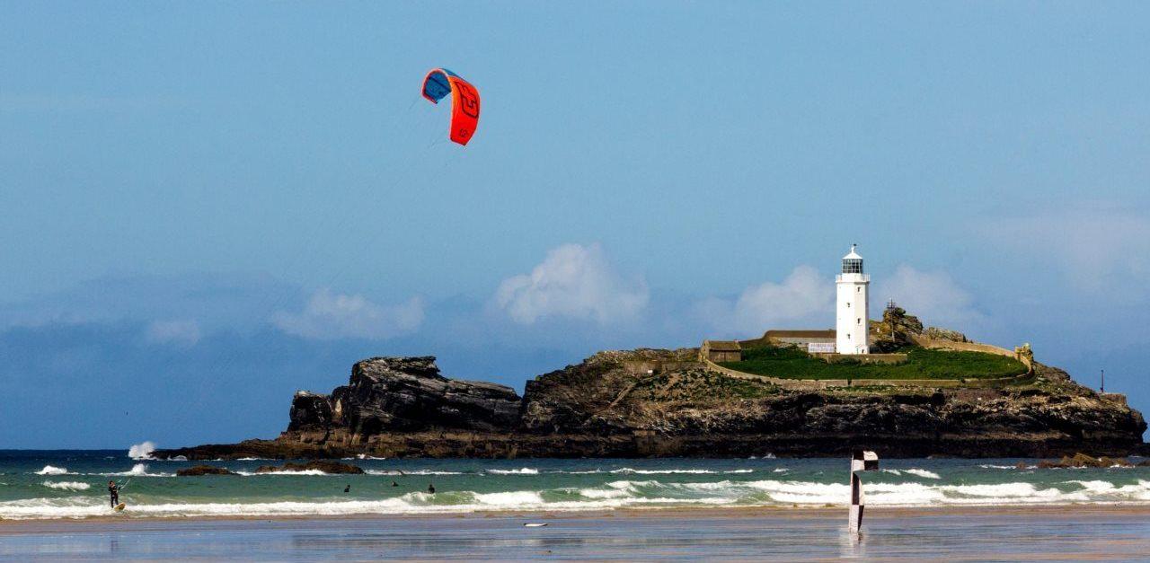 Kitesurfing Godrevy